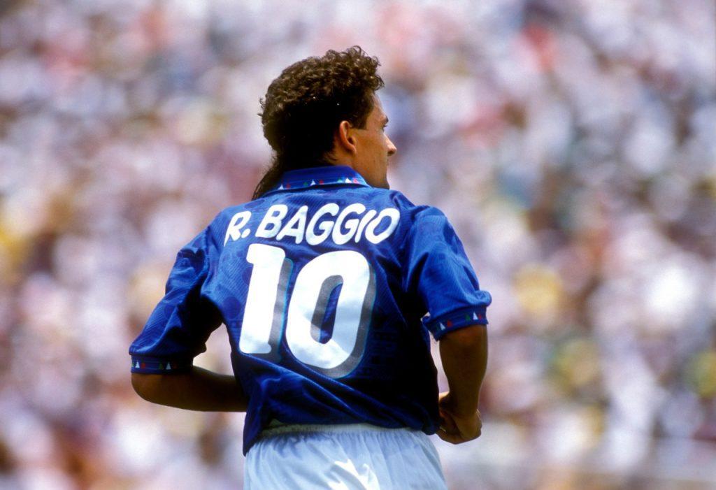 Roberto Baggio com a camisa da seleção italiana na Copa do Mundo