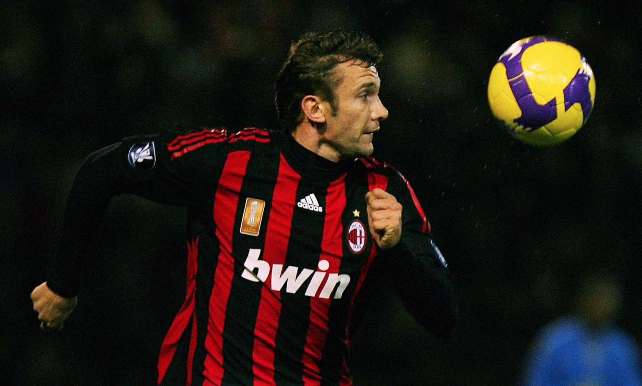 """Em sua segunda experiência no Milan, Shevchenko passou de máquina de gols a atacante """"brigado"""" com as redes (AFP/Getty)"""
